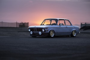TH-BMW2002-FRONT3QUARTER